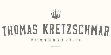 Thomas Kretzschmar Photographer | Neugeborenenfotograf .  Hochzeitsfotograf  | Leipzig  . Deutschland . International logo